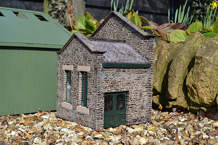 SP006 15mm Port Erin Low Relief Building Assembled & Painted